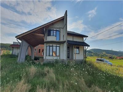 Casa la Rosu Alba-Micesti