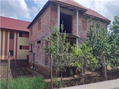 Casa la rosu, 5 camere, 530 mp teren, zona Lidl