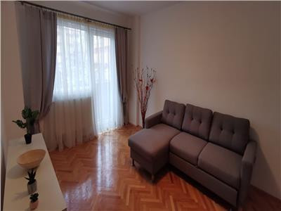 Apartament 3 camere, Cetate, et.1, superfinisat