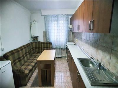 Apartament de inchiriat zona Cetate    Piata