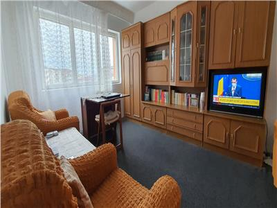 Apartament 2 camere decomandat , 52 mp , et.3 , ultracentral !