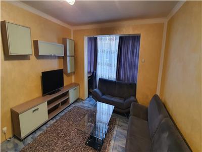Apartament de inchiriat zona Cetate  et. 1