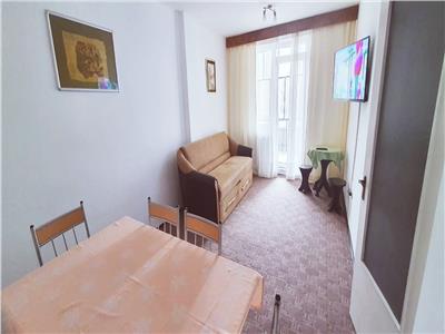 Apartament 3 camere decomandat Ampoi