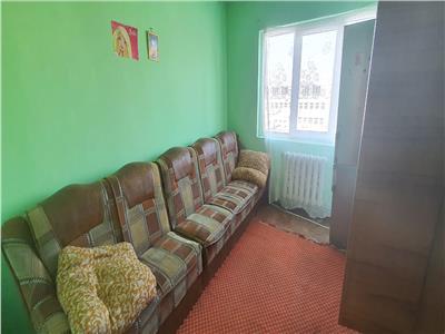 Apartament 3 camere zona Cetate-Spital