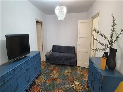 Apartament 2 camere de inchiriat Semidecomandat Centru