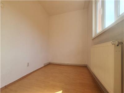 Apartament  2 camere Cetate  Nemobilat