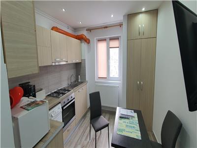Apartament 2 camere superfinisat , mobilat , Et 2