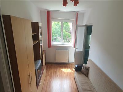 apartament 2 camere semidecomandat Cetate