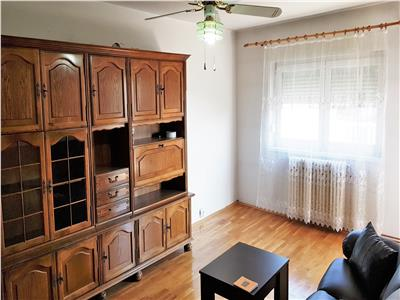 Apartament 2 camere de inchiriat, zona Mercur