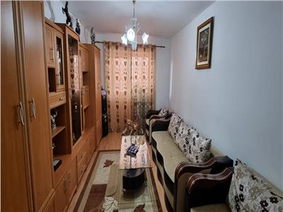 Apartament 3 camere decomandat , et 1 , mobilat si utilat