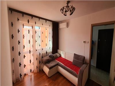 Apartament 2 camere, Cetate