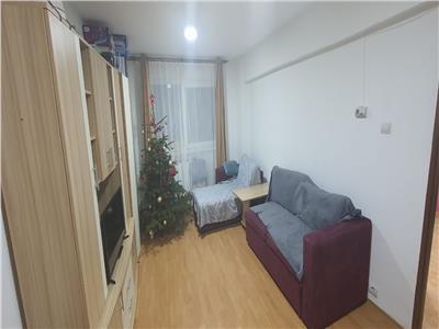 Apartament 2 camere decomandat zona Cetate