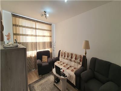 Apartament 2 camere decomandat Centru cu garaj