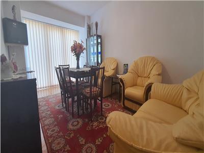 Apartament 4 camere decomandat Cetate