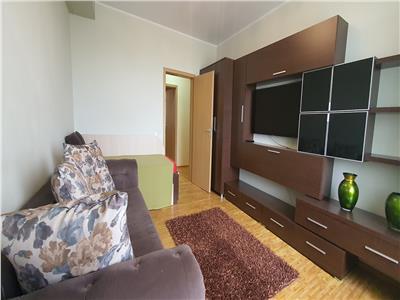 Apartament 2 camere 67 mp decomandat Cetate