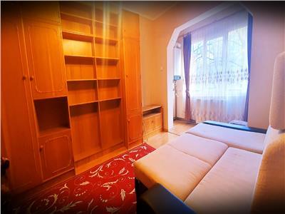 Apartament  2 camere decomandat, 64mp,etaj 3, Cetate, zona Spital