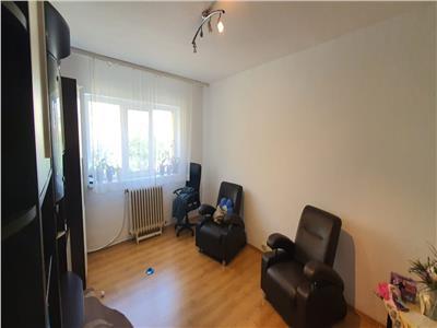 Apartament 2 camere decomandat 52 mp Ampoi