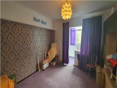 Apartament 3 camere 96 mp decomandat Centru