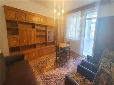 Apartament 1 camera decomandat Cetate
