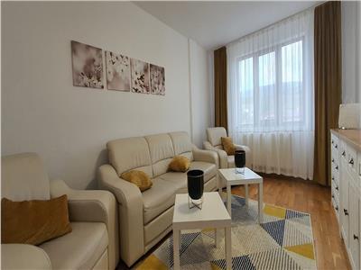 Apartament 2 camere decomandat Cetate superfinisat