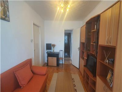 Apartament 2 camere, decomandat, Cetate