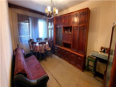 Apartament 2 camere decomandat, etaj 1
