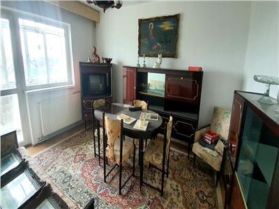 Apartament de vanzare , 4 camere, decomandat, cetate