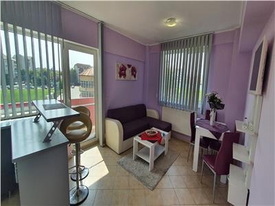 Apartament 3 camere decomandat zona Stadion