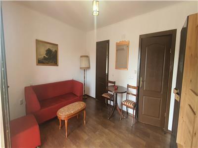 Apartament 2 camere decomandat Cetate