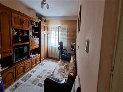 Apartament 2 camere Cetate 50mp