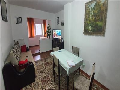 Apartament 3 camere et 2 Cetate